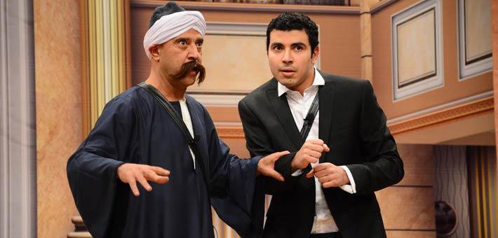 خاص أشرف عبد الباقي يعلن عن موعد عرض أولى مسرحيات الموسم الجديد
