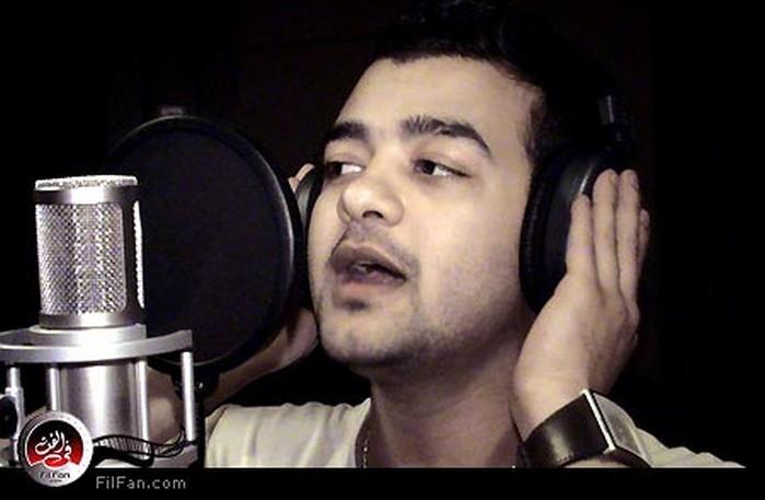 هيثم شاكر أثناء تسجيل الأغنية، تصوير: محمد عاشور