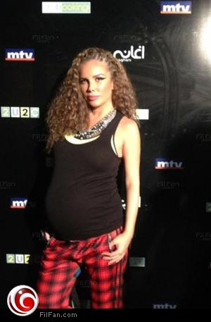 نيكول سابا أثناء الحمل