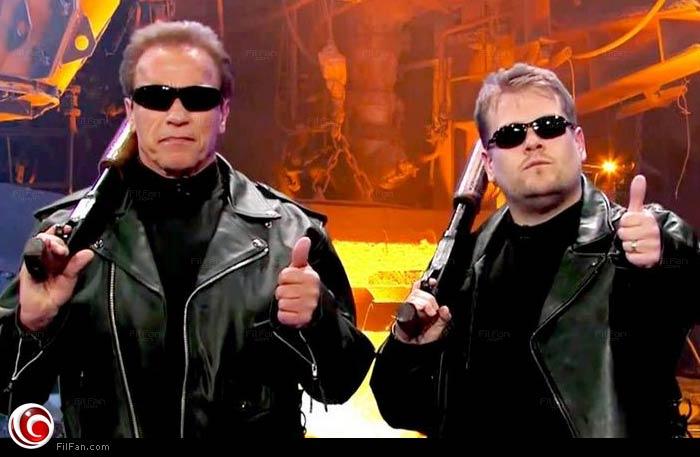 أرنولد شوارزنجر وجيمس كوردن في زي Terminator في برنامج The Late Late Show