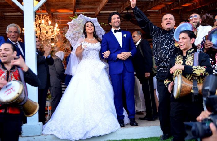 حسن الرداد وإيمي سمير غانم في حفل زفافهما