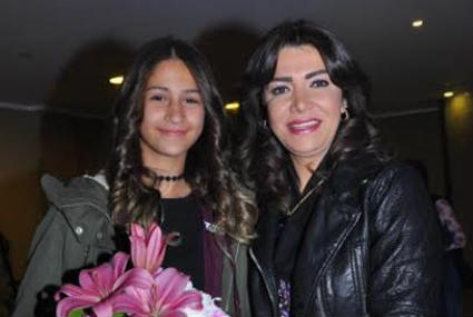9 نجمات ينصحن الأمهات والأبناء في عيد الأم