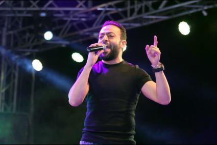 """تامر عاشور يؤجل طرح ألبومه """"أيام"""".. ويعتذر للجمهور"""