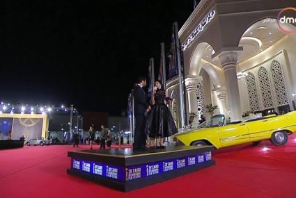 الصور الأولى للفنانين فور وصولهم لحفل افتتاح مهرجان القاهرة السينمائي 39