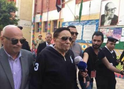 نجوم الفن يشاركون في اليوم الأول من الانتخابات الرئاسية لمصر في 2018
