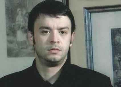 وفاة الممثل الشاب ماهر عصام