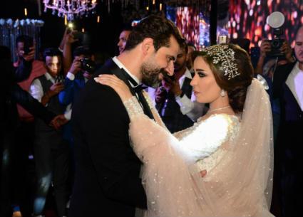 الصور الكاملة لحفل زفاف محمود حافظ.. عمرو عبد الجليل بين الحضور