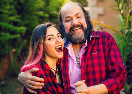 صورة- إيمي طلعت زكريا تقارن والدها بمحمد صلاح