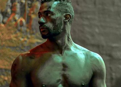"""بالفيديو-مطاردات وعنف في الإعلان الرسمي لفيلم محمد رمضان """"الديزل"""""""