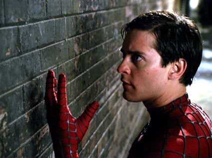 خطأ ساذج في أول أفلام سلسلة Spider-Man .. هل لاحظته بعد مرور 16 عاما؟