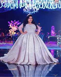 """بالفيديو - غناء ورقص محمد رمضان مع شيماء سيف وزوجها في حفل زفافهما على """"نمبر وان"""""""