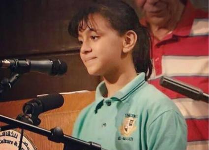 بالفيديو- طفلة صغيرة تشغل مواقع التواصل الاجتماعي بسبب غنائها لأم كلثوم
