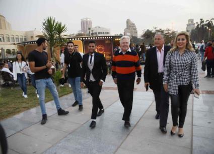 """37 صورة- حسين ومصطفى فهمي ولبلبة يحتفلون بـ """"40 سنة مهرجان"""