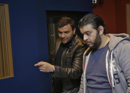 17صورة- رامي صبري بكواليس تسجيل أغنيات ألبومه الجديد