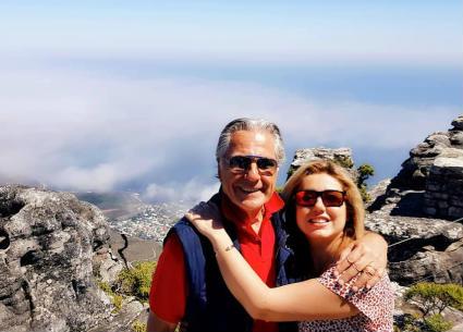 مصطفى فهمي وزوجته في رحلة استجمام بجنوب إفريقيا