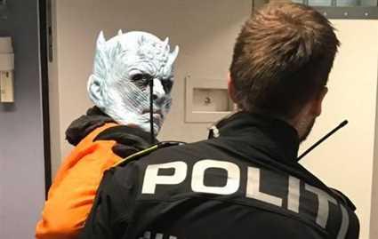 الشرطة النرويجية تلقي القبض على ملك الليل لتهديد الأمن العام.. مستخدمو Twitterيصابون بالجنون