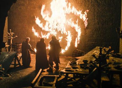 """أخيرا.. كاتب Game of Thrones يكشف حقيقة رموز الموتى السائرين..هل تربطها صلة بشعار """"التارجاريان""""؟"""