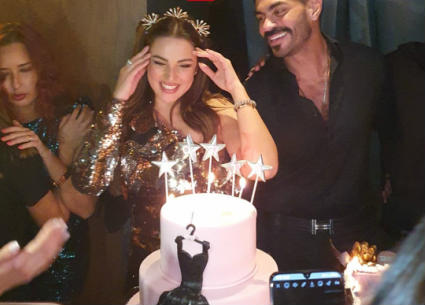 درة تحتفل بعيد ميلادها وسط النجوم