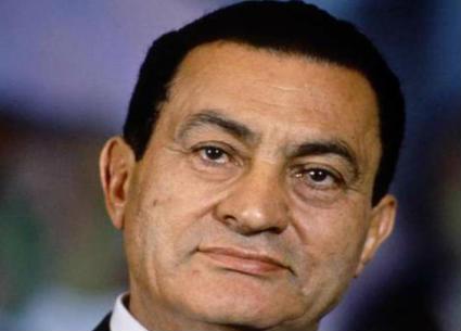 تحديث مستمر- فنانون ينعون الرئيس الأسبق حسني مبارك