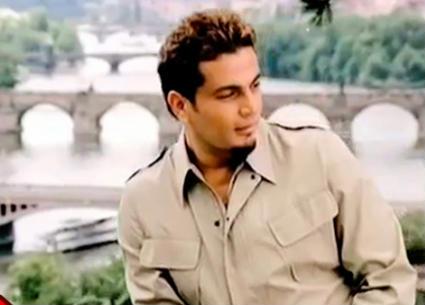 """20 عاما على """"تملي معاك"""" عمرو دياب"""