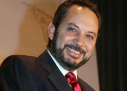 """فيديو- كمال أبو رية عن """"الكوميكس الساخرة"""": لا تزعجني"""