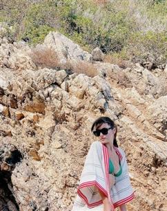 سافرت هاندا أيضا برفقة شقيقتها في إجازة قصيرة