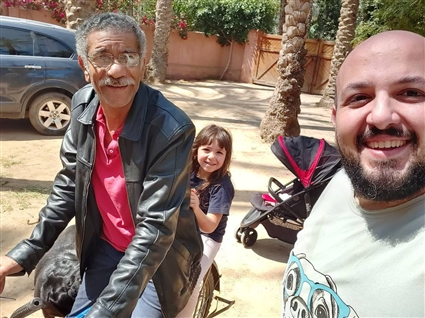 محمد السعدني وابنته وسيد رجب