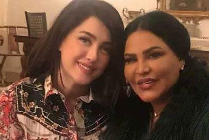 النجوم × أسبوع- أحمد السعدني مع توأم روحه مي عز الدين وأنغام تحتفل بعيد ميلادها وسط النجوم