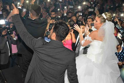 40 صورة من حفل زفاف مي كساب وأوكا