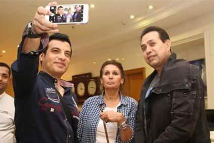 عادل إمام ومحمد هنيدي يدعمان السياحة في شرم الشيخ