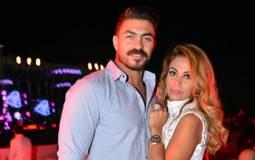 فيديو- خالد سليم يحتفل بعيد ميلاد زوجته