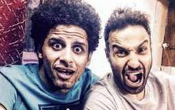 أحمد فهمي وحمدي الميرغني في كواليس فيلم كلب بلدي