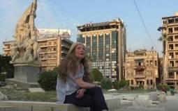 بالصور- رغدة تفي بوعدها وتقص شعرها أمام الجميع في حلب