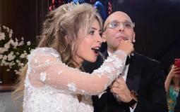 """بالفيديو- جنات تغني لعريسها """"يا حمادة"""" في حفل زفافها"""