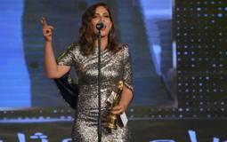 منى زكي في حفل توزيع جوائز السينما العربية
