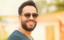 """بالفيديو- خلافات رامي جمال مع حبيبته في فيديو أغنية """"متظلمنيش"""""""