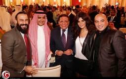 المنتج مجدي الهواري وزوجته غادة عادل وعادل إمام والوليد الإبراهيمي