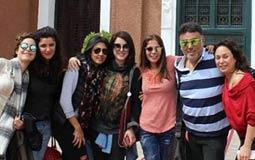 تامر حبيب مع إنجي علي وغادة عادل وكندة علوش ومنى زكي ومنة شلبي في أول ظهور له بعد وفاة والدته.