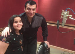 بالصور- أشرقت تستعد لطرح أغنية لعيد الأم بمشاركة إيهاب توفيق