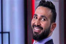هل يقصد أحمد سعد الرد على بلاغ إتهامه بإحداث فتنة بين طوائف الشعب؟