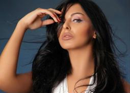 هل تشبه ميس حمدان ممثلة هندية في هذه الصورة؟