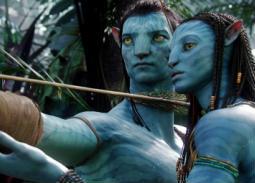 تصدر فيلم Avatar الصادر عام 2009 قائمة الأفلام الأكثر إيرادات محققا 2 مليار و 787 مليون و 965 ألف دولار.