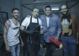 """بالصور- هشام عباس مع أحمد أمين وأكرم حسني في """"الوصية"""""""