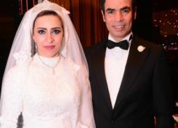 أحمد المسلماني مع عروسه إنجي