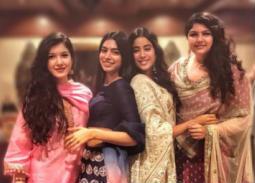 الممثلة الهندية سونام كابور وسط صديقاتها