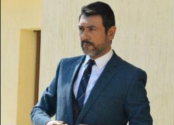 """أحمد وفيق: أنا مدير مكتب رئيس الوزراء في """"عوالم خفية"""""""