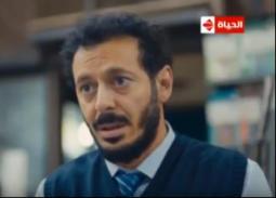 """أبرز أحداث الحلقة الأولى من مسلسل """"أيوب""""..بؤس ومعاناة مصطفى شعبان ونداله شقيقته أيتن عامر"""