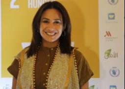 هند صبري ترتدي Vest به تصميم عربي في إفطار حملة شارك إفطارك مع برنامج الأغذية العالم0ي1 1