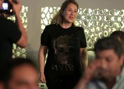 أحمد عدوية وبوسى يحييان حفل بخيمة ع الطاولة