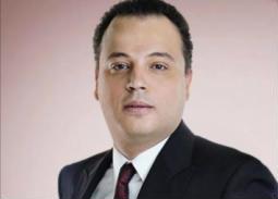 بالفيديو- تامر عبد المنعم يكشف تدخل عادل إمام وعمرو دياب للصلح مع محمد فؤاد